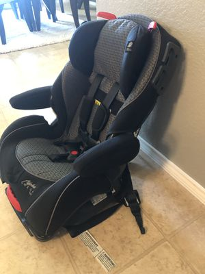 Car seat 💺 for Sale in Krugerville, TX