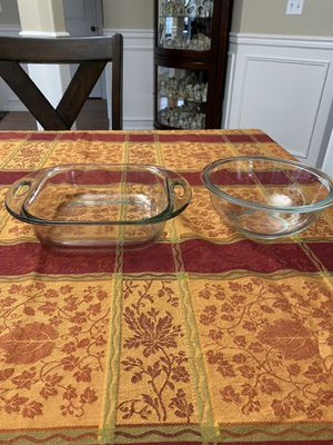 Left is Anchor Hocking and Right is Pyrex - both for $5 for Sale in BETHEL, WA