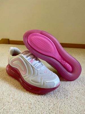 """Nike Air Max 720 """"Pink Rise"""" AR9293-103 Womens Size 8 New Running Shoe for Sale in Everett, WA"""