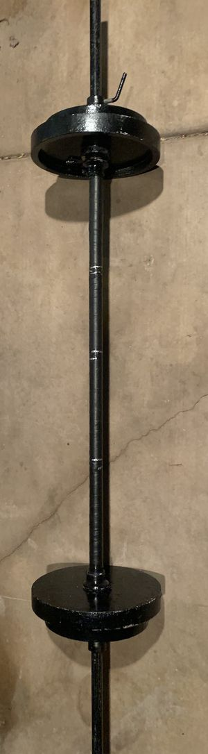 Standard straight bar plus weight plates for Sale in Chula Vista, CA