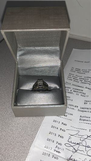 Wedding ring set for women size 7 for Sale in Chicago, IL