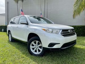 2013 TOYOTA HIGHLANDER CLEAN TITLE 3rd ROAD SEAT $1500 DOWN for Sale in Miami, FL