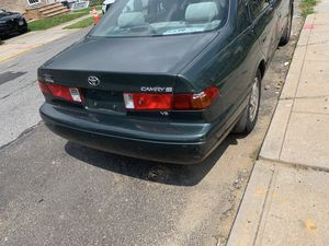 Toyota Camry 01 for Sale in Queens, NY