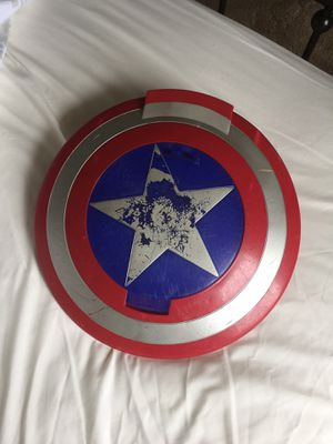 Marvel captain America disc shooting shield for Sale in Albuquerque, NM