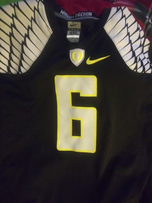 Oregon ducks jersey for Sale in Oregon City, OR