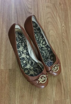 """Michael Kors 3"""" heels with insoles for Sale in New York, NY"""