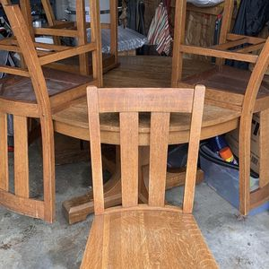 Solid Oak Table & Chairs for Sale in Tacoma, WA