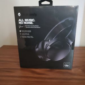 Skullcandy S6HCW-L003 Venue Over-Ear Active Noise-Canceling Bluetooth Headphones (Black) for Sale in Virginia Beach, VA
