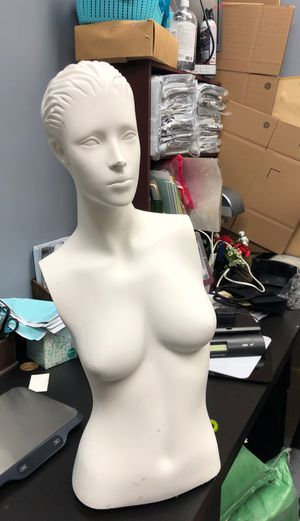 Female mannequin torso missing arms for Sale in Indianapolis, IN