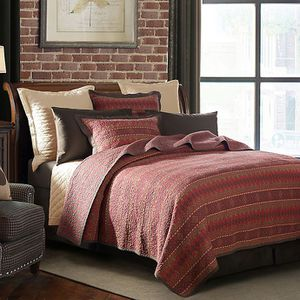 Hiend accent Rushmore full queen LUXURY quilt set for Sale in Riverside, CA
