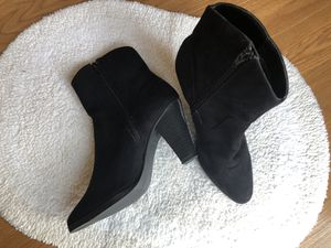 New look Suede Ankle Boots for Sale in Galloway, OH