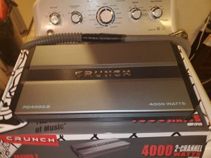4000WATTS 2 CHANNEL CRUNCH AMPLIFIER PERFECT FOR SUBWOOFERS, CHUCHERO BOXES DOOR SPEAKERS AND MORE for Sale in Yonkers, NY