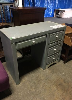 small desk for Sale in Russellville, KY