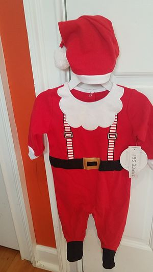 6-9M BOY SANTA CLAUS SET for Sale in Fairfax, VA