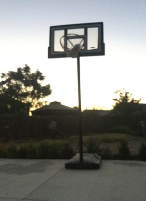 new basketball hoop for Sale in Fresno, CA