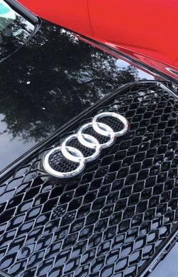 Audi A4 grill brand new for Sale in West Palm Beach,  FL