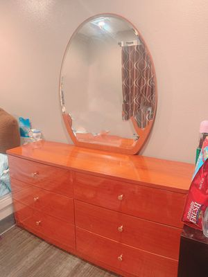 6 Drawers Dresser with Mirror for Sale in Chino Hills, CA