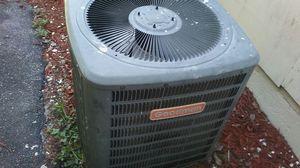 Goodman Ac condenser 2.5 for Sale in West Palm Beach, FL