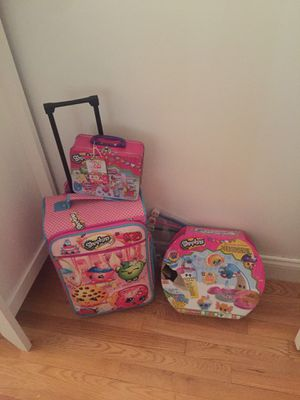 Shopkins suitcase. Lunchbox and kit for Sale in Everett, MA