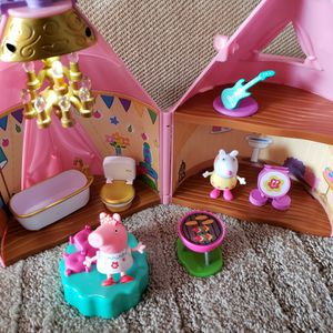 Peppa Pig Glamping Tent for Sale in Bellflower, CA