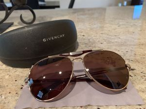 Givenchy Gold and Brown Aviator Sunglasses for Sale in Middlebury, CT
