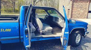 🔥$1000 I'm selling my Chevrolet 1500 Silverado 1997 for Sale in Boston, MA