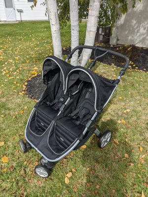 Britax B-Agile Double Stroller for Sale in West Seneca, NY