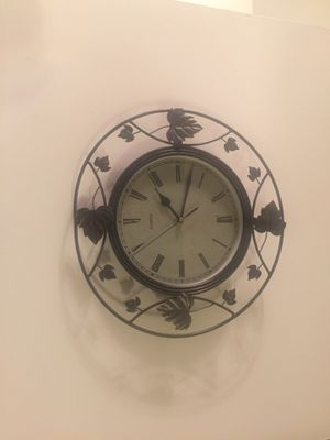 Antique wall clock for Sale in Springfield, VA