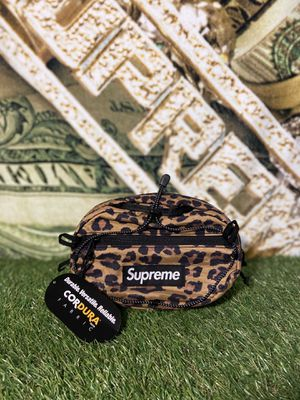 SUPREME CHEETAH WAIST BAG for Sale in Queens, NY