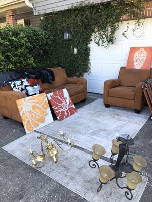 Couch & Love seat for Sale in Tampa, FL