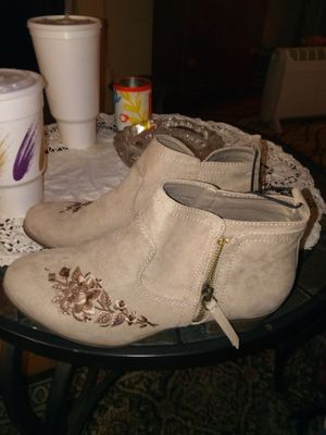 New boots size 10woman. for Sale in Saint Joseph, MO