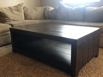 Beautiful Wood Coffee Table for Sale in Bonney Lake,  WA