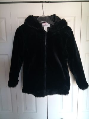 """Expressions"" Girls Hooded Winter Coat/size 10 with Matching Gloves for Sale in Wyandotte, MI"