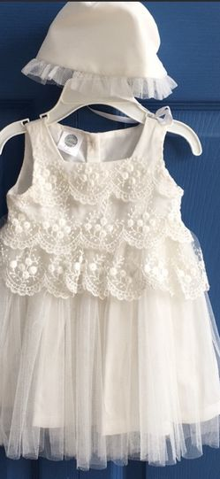 Baby Girl White Dress for Sale in Ellicott City,  MD
