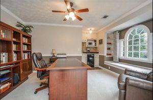 Office Desk, Credenza & 2 bookshelves for Sale in Lawrenceville, GA