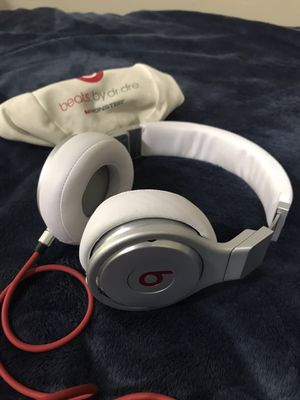 Beats Pro Headphones - White and Silver for Sale in Rexburg, ID