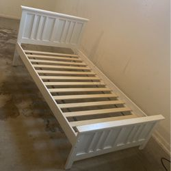 Twin Bed Frame for Sale in Glendale,  AZ