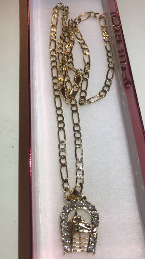 Chain with horse pendant for Sale in Mesa, AZ
