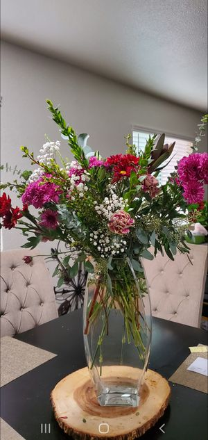 **FRESH FLOWERS**MONDAY SPECIAL**DELIVERY AVALIABLE** for Sale in Temecula, CA