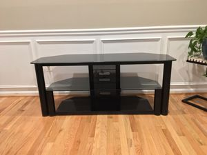 Tv console table for Sale in Burtonsville, MD
