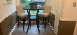 Table and chairs for Sale in Cleveland, OH
