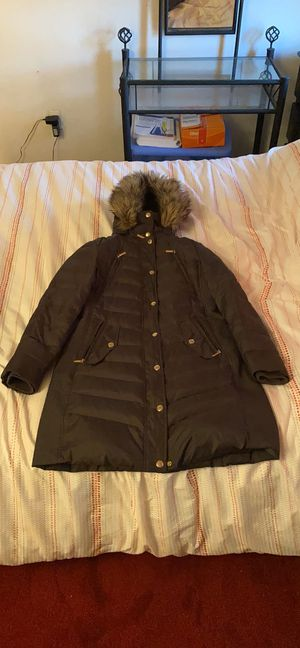 Michael kors jacket for Sale in Woodbridge Township, NJ