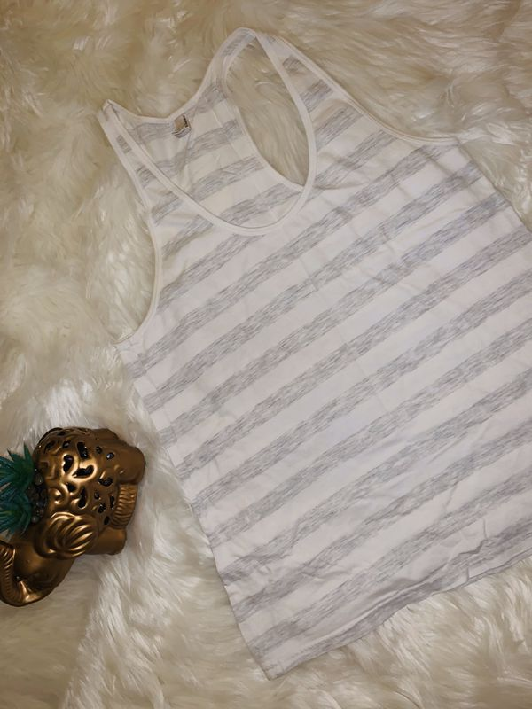 MOVING & CLOSEOUT SALE !!! American apparel Beautiful top for sale !!!