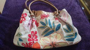 Bueno Floral Purse Obo for Sale in Santa Maria, CA