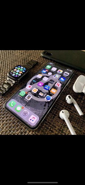 iPhone 6s u p any carrier for Sale in Dallas, TX