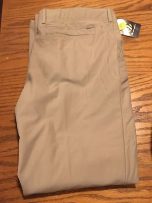 NEW champion brand golf slacks with hidden pockets size 36-32 for Sale in Portland, OR