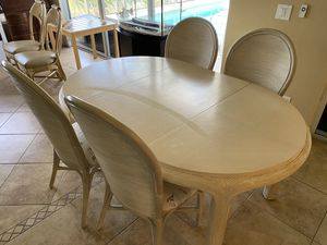 4 Chair Dining Table/ Breakfast Nook for Sale in Cape Coral, FL