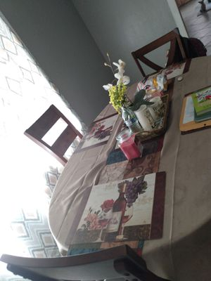 5 Chair Kitchen Table for Sale in Stockton, CA