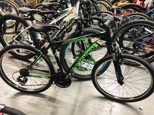 "26"" Schwinn Sidewinder Men's Mountain Bike, Matte Black/Green for Sale in Atlanta, GA"