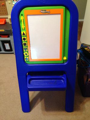 Magnadoodle easel for Sale in San Angelo, TX